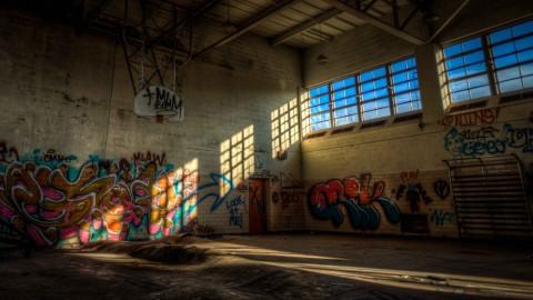 Court Light